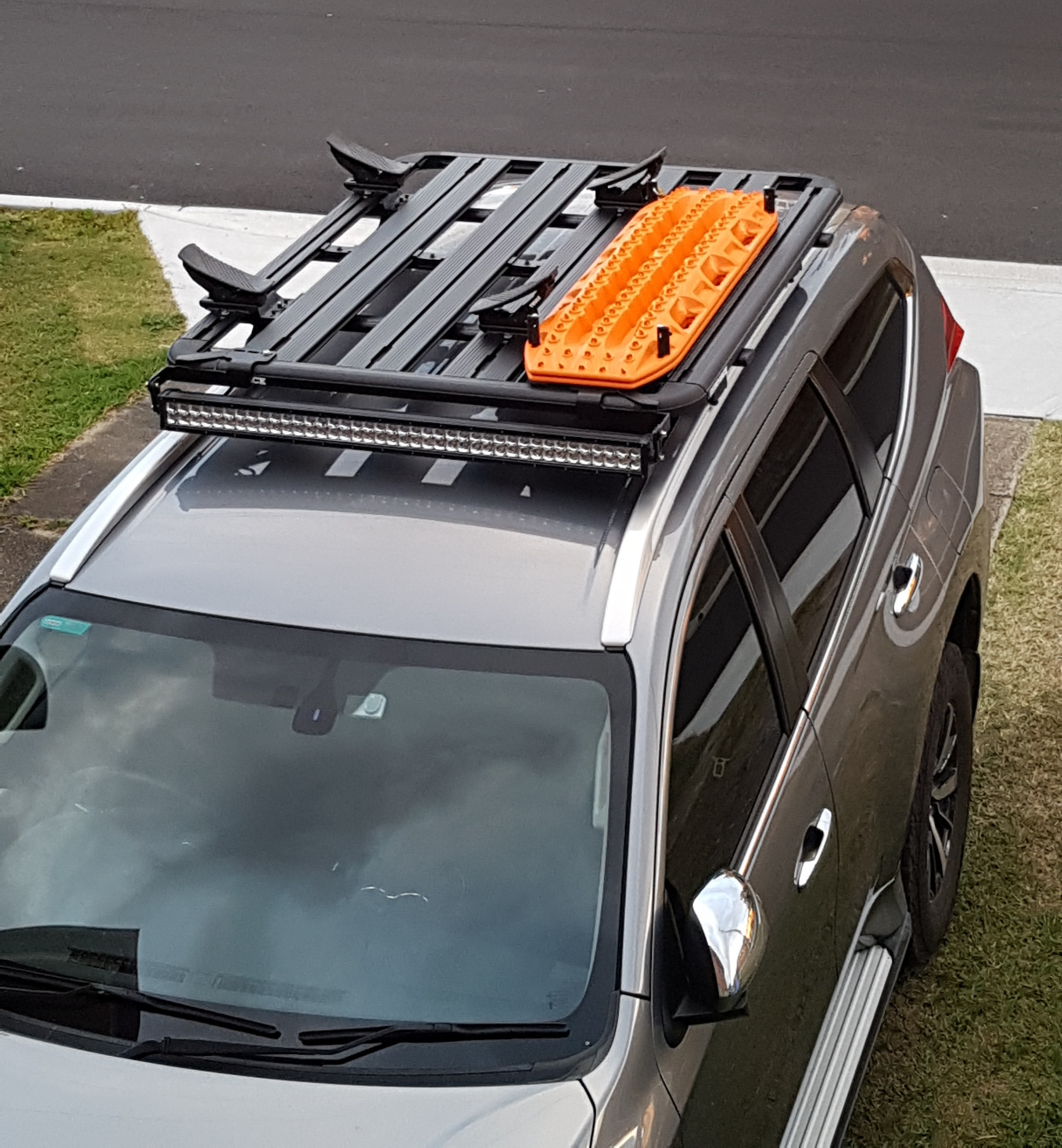 4Wd Supacentre Roof Rack Installation led light bar – the pajero sport